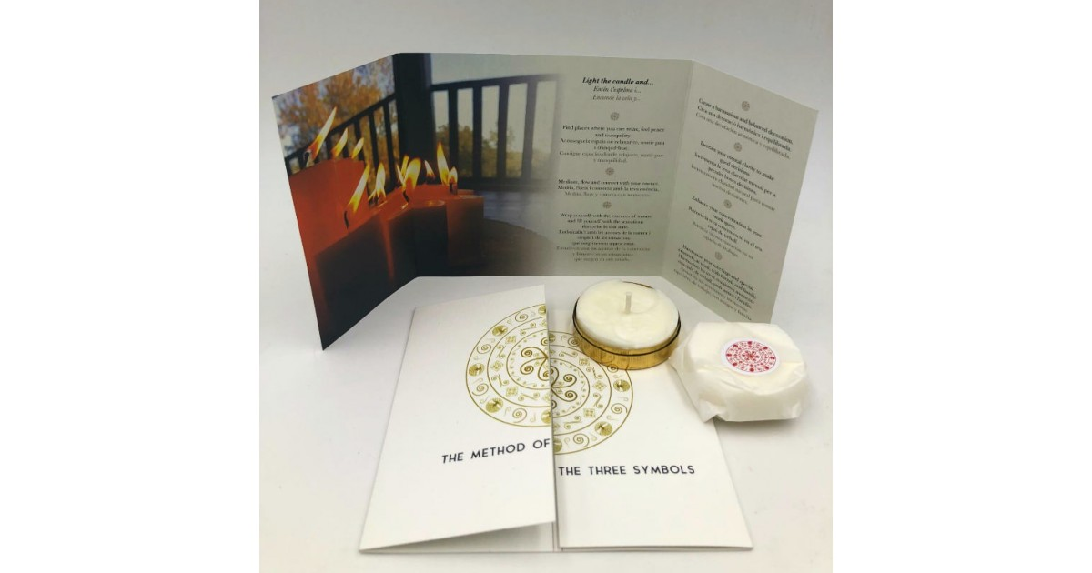 love meditation candle with refilling and brochure