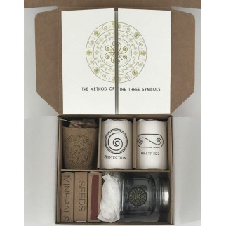 Open box with all the components of the ritual of protection and cleaning for home and business
